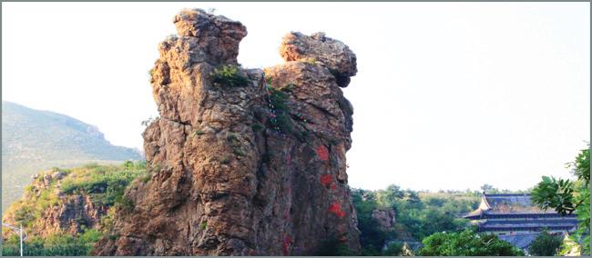 """时间:4月30日 地址:辽宁灵山风景名胜区 葫芦岛灵山""""大型传统庙会"""